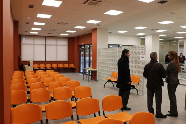 M s espacio proximidad al transporte p blico y mayor accesibilidad en la nueva oficina de - Oficina de empleo valdemoro ...